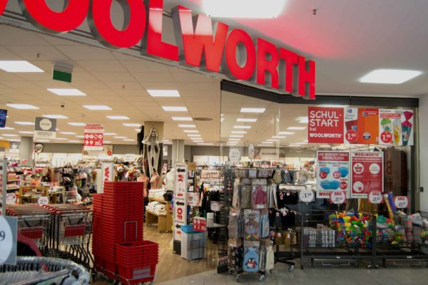 img_shop-Woolworth